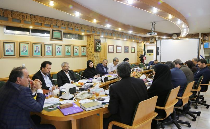 نشست مسئولان آموزش و پرورش با موضوع هماهنگی در اجرای مصوبه 828